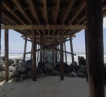 Under the pier and out to sea.... by DonnaMoore