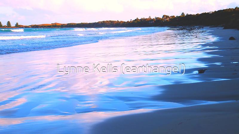 Late Afternoon Pt. Fairy - Victoria, Australia by Lynne Kells (earthangel)