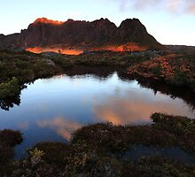 Cradle Mountain Split Sunrise by Garth Smith