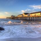 Southwold pier by Stacey  Purkiss