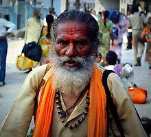 Pilgrim Travels, Varanasi, India by not-home.com - We Travel