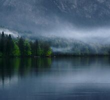 Evening mists over the lake by marbi