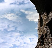 inside carrigafoyle decaying castle ruins by morrbyte