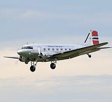 Dakota DC-3 by Nigel Bangert