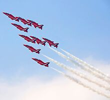 Red Arrows - Reach for the Sky by warbirds