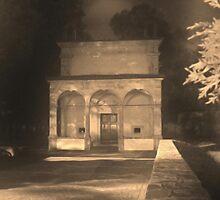 Chiesa della Madonna dellle Grazie a Castel di Sangro di notte by castellanodoc