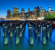 New York City by Yhun Suarez