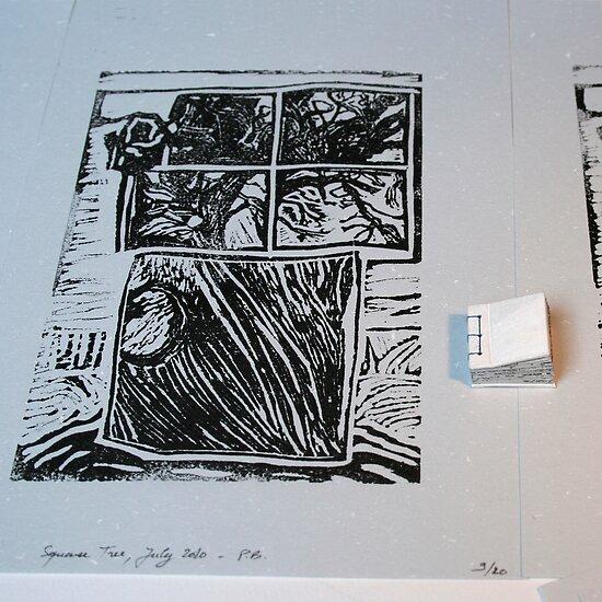 Arbre au carré - Tree in the square + linocut  by Pascale Baud