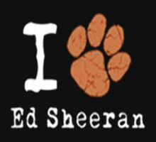 I Love Ed Sheeran (Paw Style) Alternative Colour by RMMU118