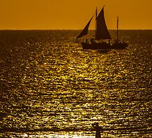 Sunset Sail - Pearl Lugger - Broome - WA  by Frank Moroni