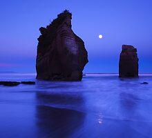 Sunrise Moonset - Three Sisters Tongaporutu New Zealand by Mark Shean
