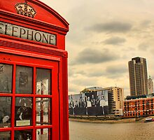 London calling by Jasna