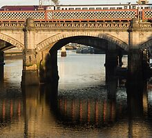 Rail Bridge over the Clyde Glasgow by Cliff Williams