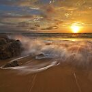 Middle Beach Sunrise by Rob  Southey