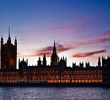 British Houses of Parliament at twilight by Martin Canning
