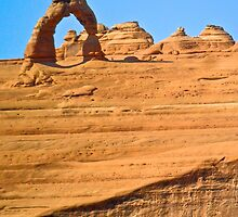 Delicate Arch from Lookout Point by EarthPhoenix
