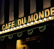Cafe Du Monde by SuddenJim