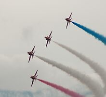 R.A.F Red Arrows by Darrenadie