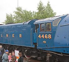 LNER Class A4 4468 Mallard by Keith Larby