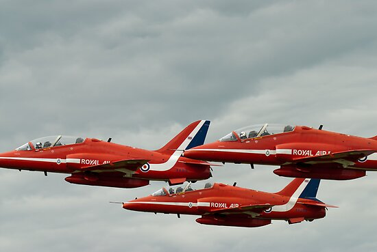 Red Arrows by Matt Sillence