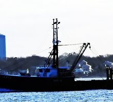 Random Fishing Boat Coming in #2 by Unelanvhi