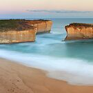 London Arch, Great Ocean Road, Victoria, Australia by Michael Boniwell