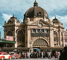 Princes Bridge station and Flinders street 195x by Fred Mitchell