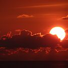 Sunset in Red - Puesta del Sol en Rojo by PtoVallartaMex