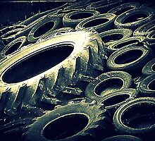 Tyred by Monjii