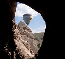 balloon from a cave by gruntpig