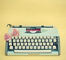 Creamy Pastel Design Inspiration: The Typewriter