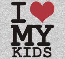 I love my kids by WAMTEES