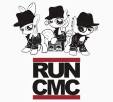 RUN CMC T-shirt (white) by Dori-to