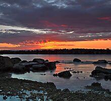 Last Light, Swansea Heads by bazcelt