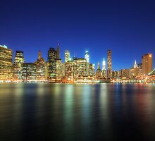 Manhattan Nite Lites NYC by Yhun Suarez
