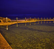 Mahon Pool at Night by GraemeR