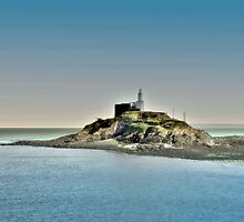 Mumbles Lighthouse, Swansea by Tsitra