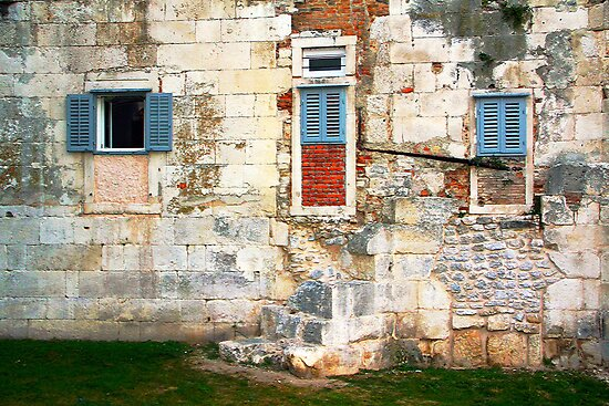 The Essence of Croatia - Windoors of Diocletian's Palace by Igor Shrayer