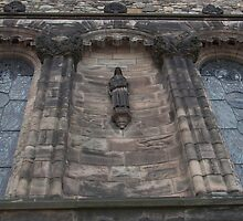 Statue on wall inside Edinburgh Castle by ashishagarwal74