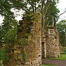 Scone Gatehouse by kalaryder