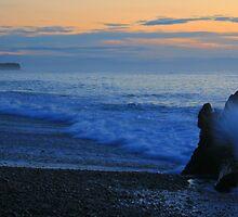 gillespies beach by rina  thompson