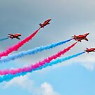 Synchronised Flying ~ Red Arrows by Susie Peek