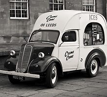 Vintage Ice Cream Van by Paul-M-W