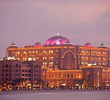 Emirates Palace by reisefoto