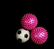 odd balls by lensbaby