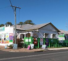 Mulgildie Hotel, Burnett Highway, Nth Queensland. by Rita Blom