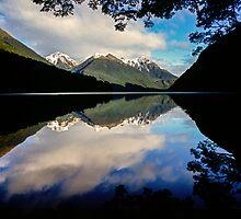 Lake Gunn by Paul Mercer