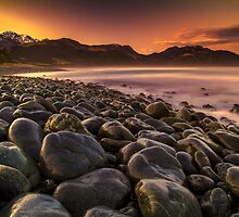 Kaikoura Coast by Paul Mercer