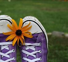 Shoe and Flower by zavvyjune