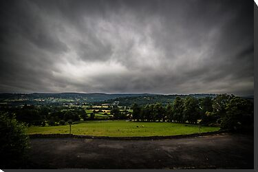 Crickhowell Landscape - Looming Sky by digihill